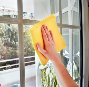 4 Ways to Maintain Your Vinyl Replacement Windows